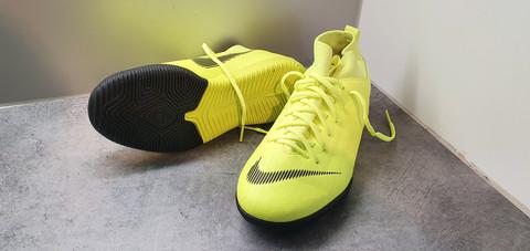 Sisäpelikengät, koko 36,5 (Nike Mercurial)