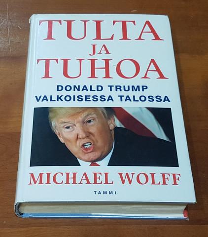 Kierrätyskirja (Michael Wolff. Tulta ja tuhoa - Donald Trump valkoisessa talossa)
