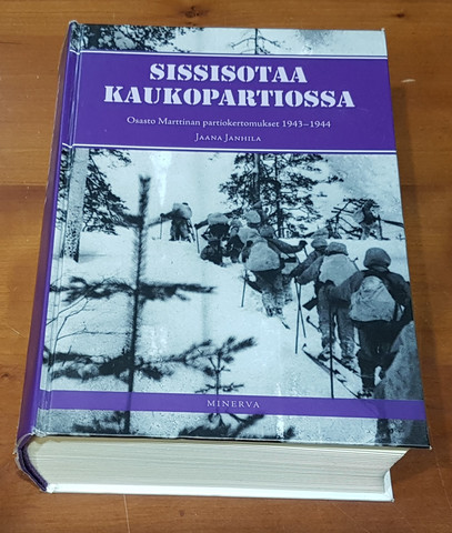 Kierrätyskirja (Jaana Janhila - Sissisotaa kaukopartiossa - Osasto Marttinan partiokertomukset 1943 - 1944)