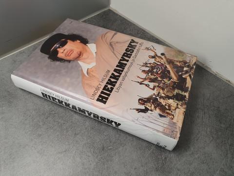 Kierrätyskirja (Hiekkamyrsky - Libyan vallankumous ja Gaddafin tuho)