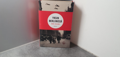 Kierrätyskirja (Yksin Berliinissä)