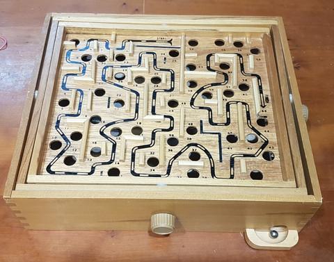 Kuulapeli (Labyrintti - klassinen puinen kuulapeli)