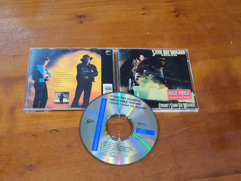 CD -levy (Stevie Ray Vaughan & Double Trouble - Couldn't Stand The Weather)