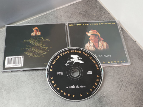 CD -levy (DR. Hook - A Little Bit More)