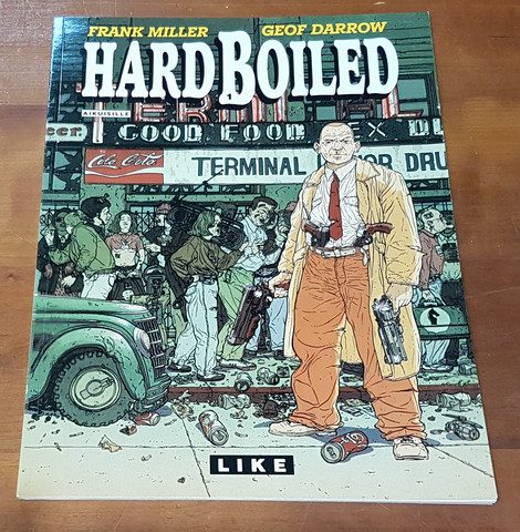 Sarjakuvakirja (HardBoiled - Frank Miller, Geof Darrow)