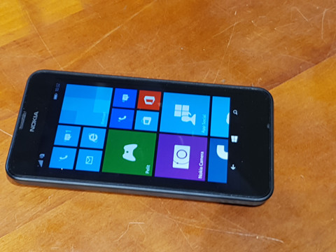 Puhelin (Nokia Lumia 630)