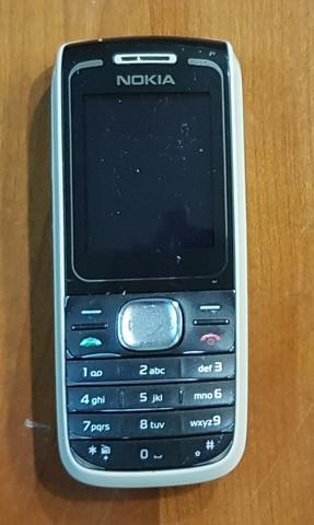 Puhelin (Nokia 1650)