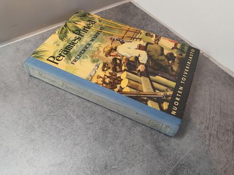 Kirja (Frederick Marryat - Perämies Pirteä)