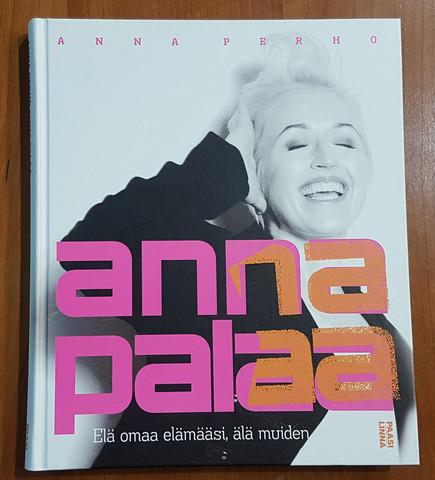 Kirja (Anna Perho - Anna palaa)