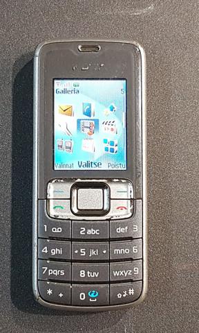 Puhelin (Nokia 3109c)
