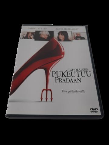 DVD -elokuva (Paholainen pukeutuu Pradaan) - S