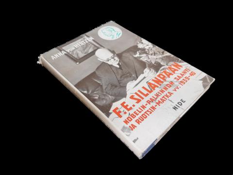 Kirja (Anna Von Herzen - F. E. Sillanpään Nobelin palkinnon saanti ja Ruotsin matka vv. 1939 - 40)