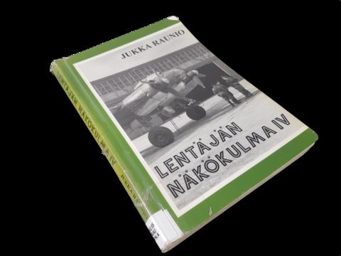 Kierrätyskirja (Jukka Raunio - Lentäjän näkökulma 4 : Pommikoneet)