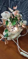 Simpukkapöytälamppu