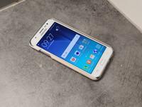 Puhelin (Samsung J5)