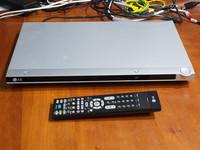 DVD -soitin (LG DVX162)