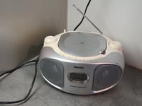 Radio / CD -soitin (AZ105S/12)