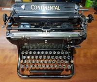 Vintage kirjoituskone (Continental)