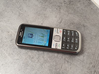 Puhelin (Nokia C5)