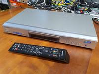 DVD -soitin (Samsung DVD-E234)