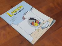 Sarjakuvalehti (Larson - kaukana poissa 1)