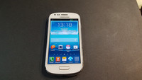 Puhelin (Samsung Galaxy S3 Mini)