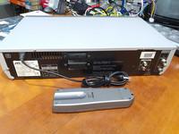 Hifi VHS -soitin (JVC HR-XV3E)