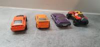 Neljä pikkuautoa (Hot Wheels)