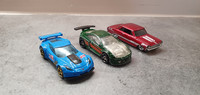 Kolme pikkuautoa (Hot Wheels)