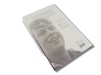 Kirja (Pekka Hakonen - Pinnalla Matti Salminen)