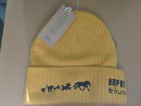 Pipo eläin logolla, keltainen