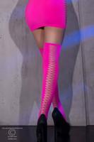 Neon hot Pink Yli polven sukat -  paksut ja pitkät sukat jotka huomataan