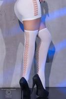 Valkoiset Yli polven sukat -  pitkät sukat viimeistelevät asun