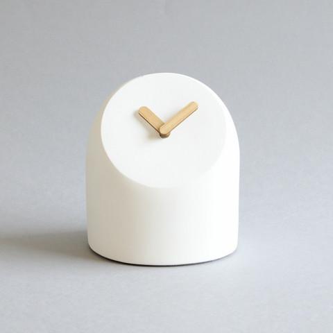 Petit-pöytäkello, valkoinen/tammi