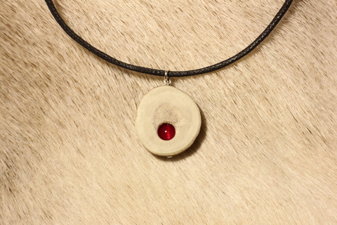 Reindeer Horn Necklace with 6mm Stone Pearl Fuchsia Agate