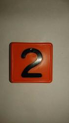 Numerolaatta kaulapantaan - numero 2 (10kpl)