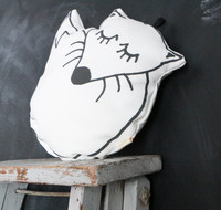 UJO fox cushion