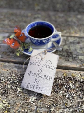 Coffee -etiketti, Fabriikki