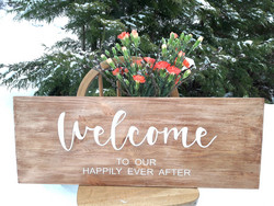 Welcome our happily ever after -kyltti