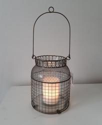 Kynttilä-hurrikaani, Chic Antique
