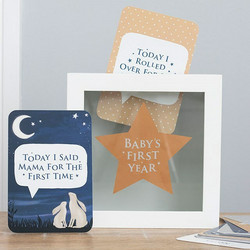 Baby's first year milestone -kortit ja säilytyslaatikko