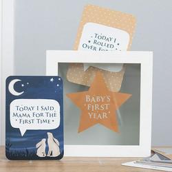 Baby's first year milestone -kortit ja säilytyslaatikko (II-laatu)