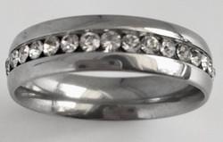 Terässormus, kivet ympäri sormuksen 6 mm