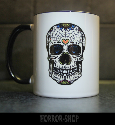 Sugarskull mug with white skull with heart