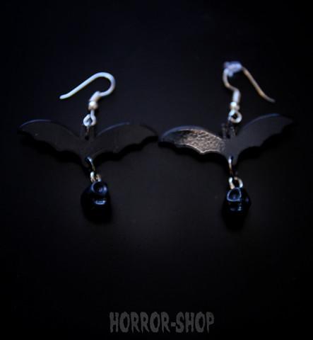 Gothic bat with black skull earrrings