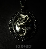 Black Rose camee, big
