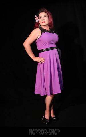 Violetti mekko mustalla yläosalla (005)