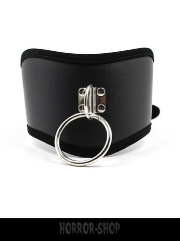 Neclacklace/choker, big with ring
