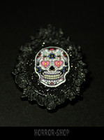 Sugarskull brooch, black, heart eyes (1)