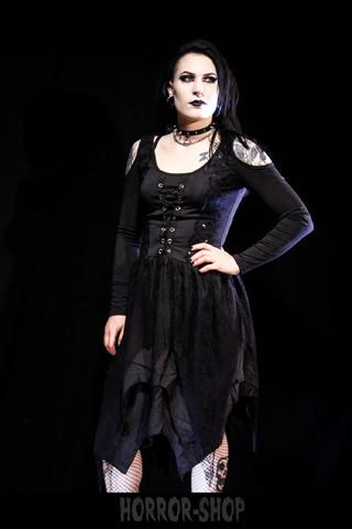 Melissa, Musta mekko avoimilla olkapäillä